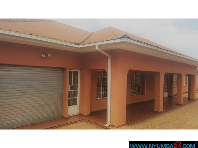 HOUSE FOR RENT IN AREA 47,3 IN LILONGWE Lilongwe