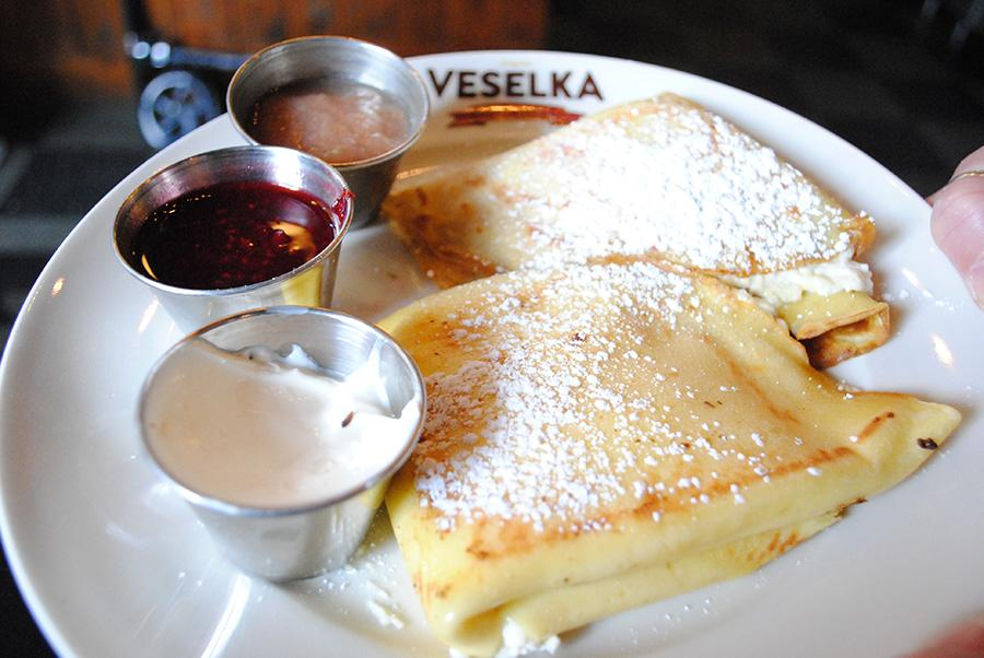 Blintzes%2C+thin+pancakes+with+a+creamy+filling%2C+are+sold+at+Veselka.
