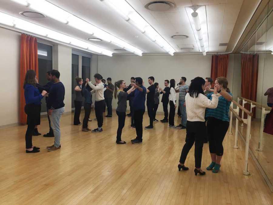NYU%E2%80%99s+Ballroom+and+Latin+Dance+team+rehearses+in+the+Kimmel+Center.+