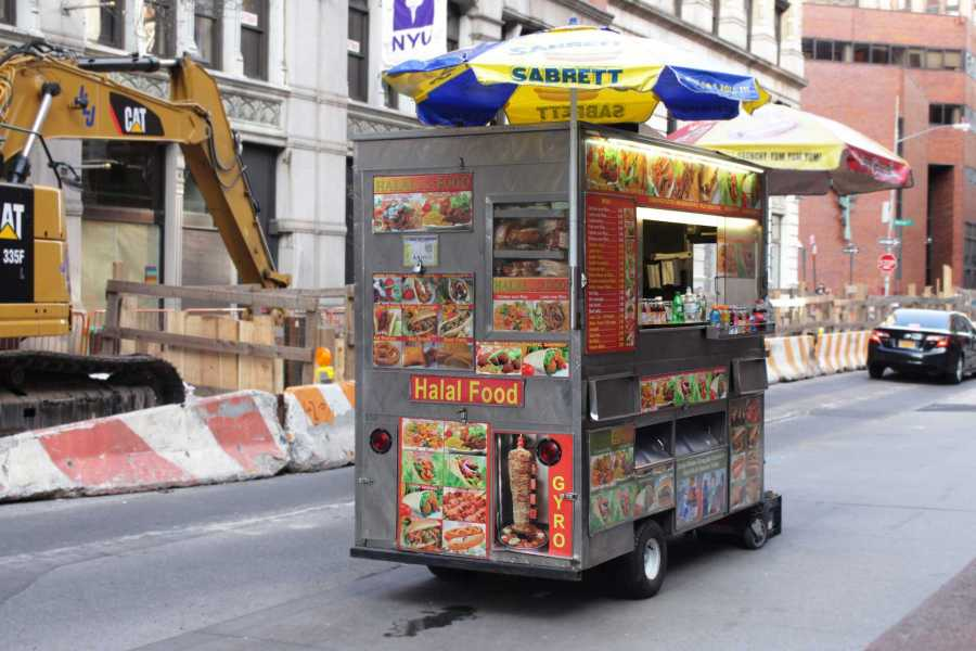 Halal+food+carts+are+available+at+almost+every+corner+of+busy+streets+in+Manhattan.+Such+authentic+street+foods%2C+among+troll+foods+and+unhealthy+bowls%2C+are+predicted+to+trend+in+2017.+