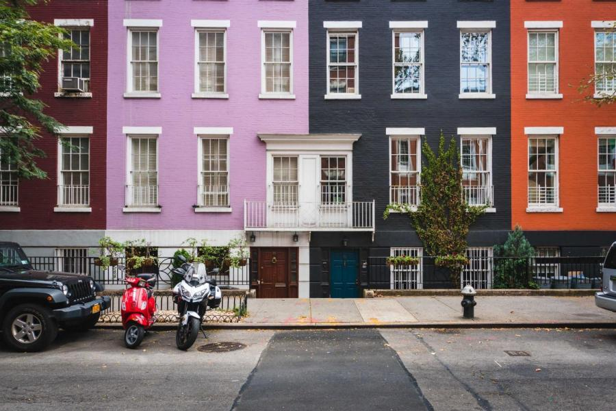 MacDougal Street is a great assembly point with colorful buildings and delicious food from all over the world.