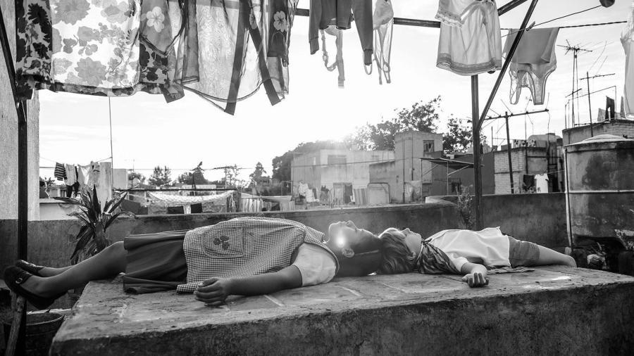 Yalitza Aparicio and Marco Graf in a scene from