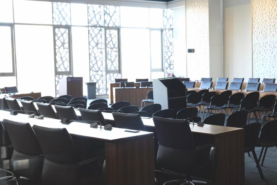 Colloquium Room at Kimmel is where Student Government meets. A Socially Responsible Investment resolution failed to pass the University Senate on Thursday. (Staff Photo by Jorene He)