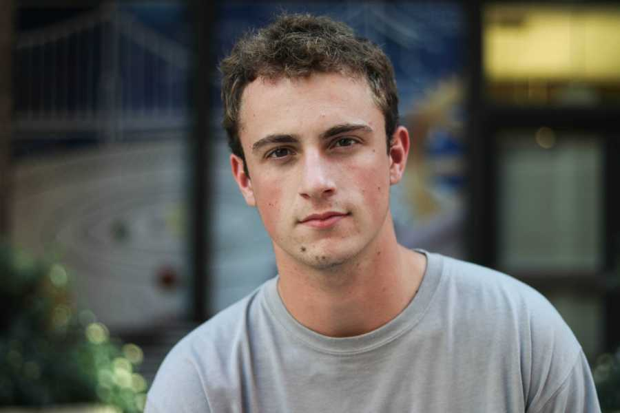 """Steven Schwartz, current Stern business major, started Varfaj Partners in 2017. Since then, he has been featured in """"Forbes"""" magazine, and his business brought in $1 million in revenue after its first year. (Photo by Ishaan Parmar)"""