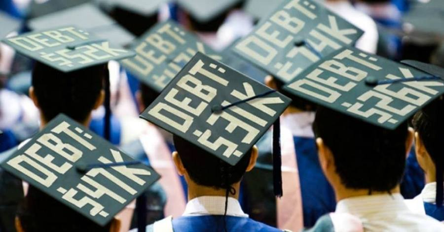 A lot of students suffer from heavy debt burden for student loan. (Via Facebook)