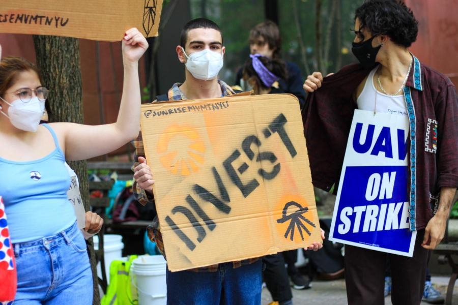 Sunrise Movement NYU launches its Divest campaign.