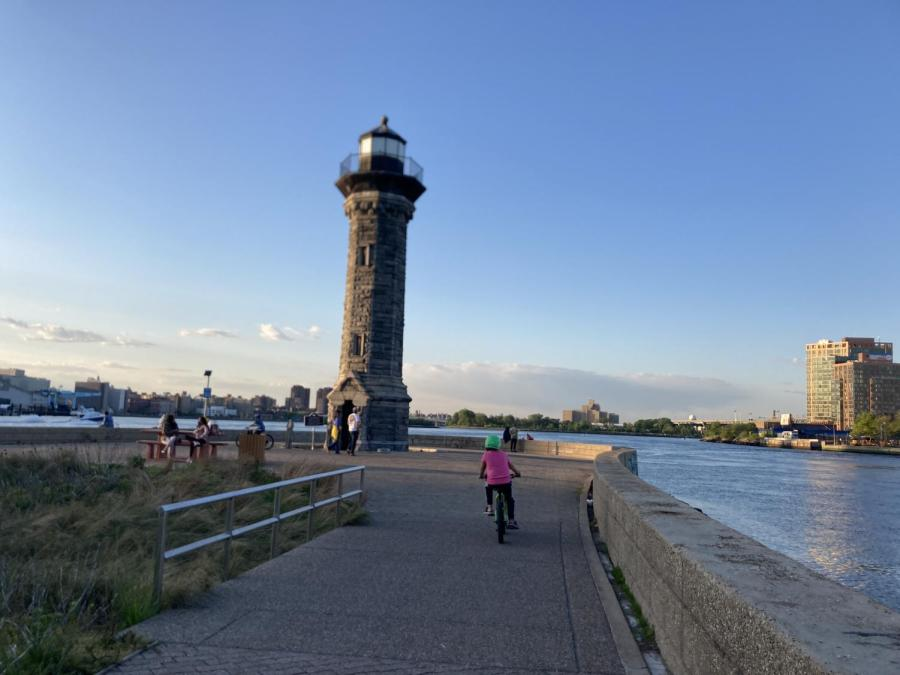 The Roosevelt Island Lighthouse, built in 1872, is a sight to see on Roosevelt Island. (Staff Photo by Ryan Kawahara)