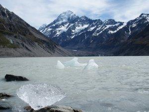 マウントクックフッカー氷河湖