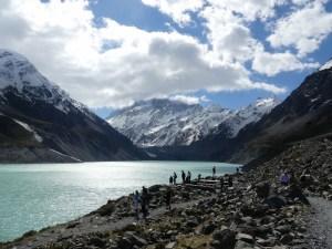 マウントクックフッカーバレートラック9月15日のフッカー氷河湖ルックアウト