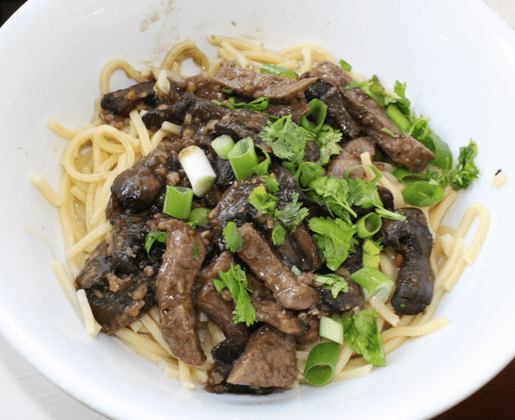 asian beef mushroom noodle stirfry nzmuse