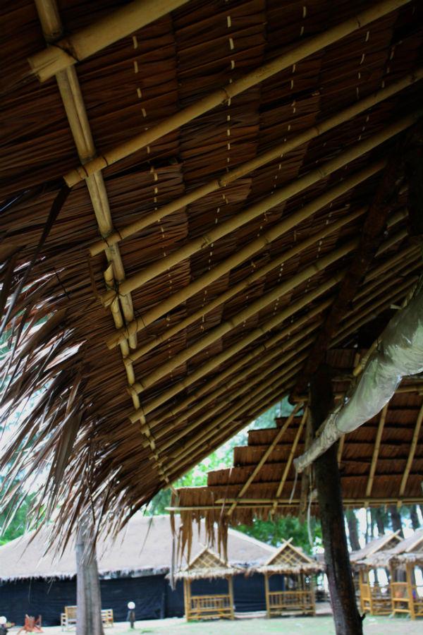 phra ae huts