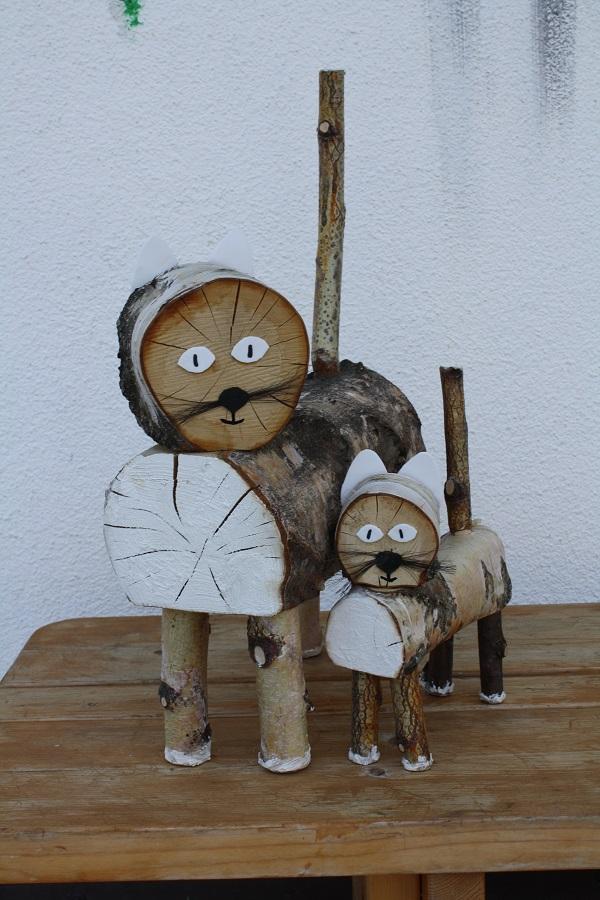 cute wooden carved animals schone aussicht