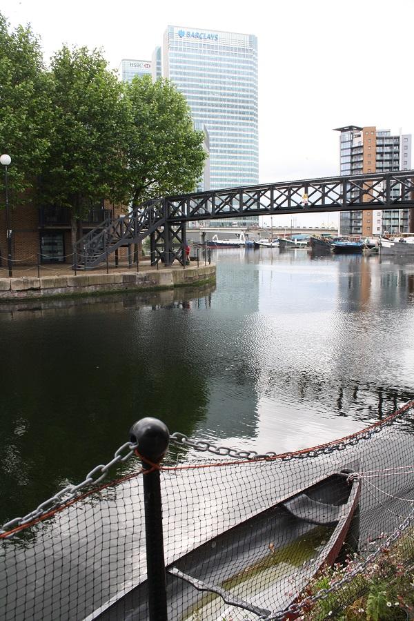 London backyard onto the river