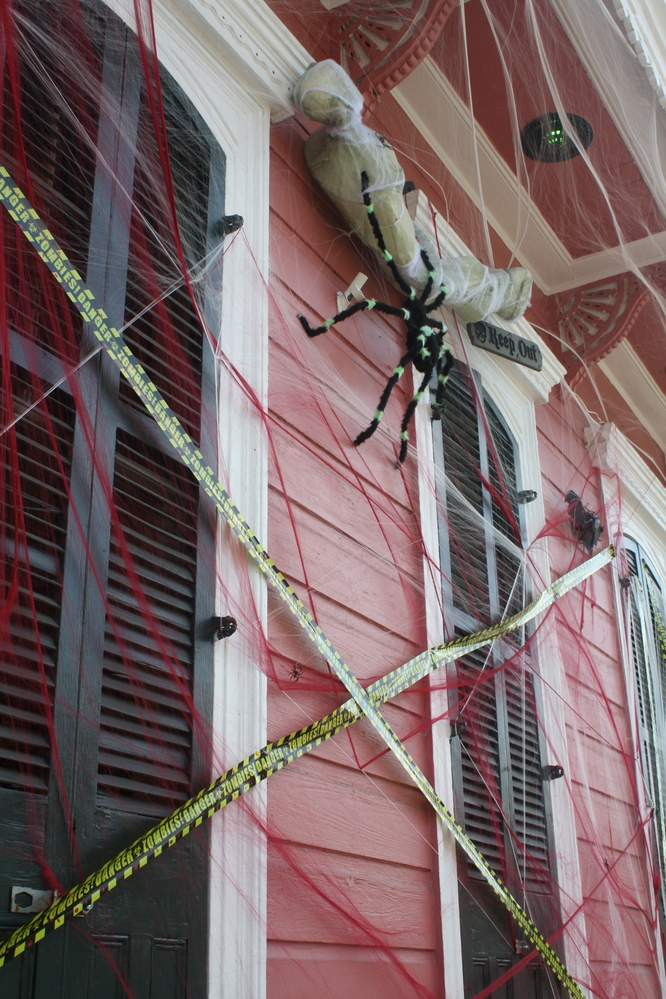 halloween decoration new orleans