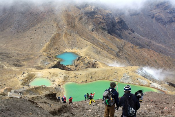 Tongariro Alpine crossing - Emerald Lakes