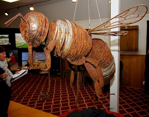 Bumble Bee,  Artist Mark Larsen KaiapoiArtExpo_2012-07-20_18-55-01__DSC3362_©RichardLaing(2012)