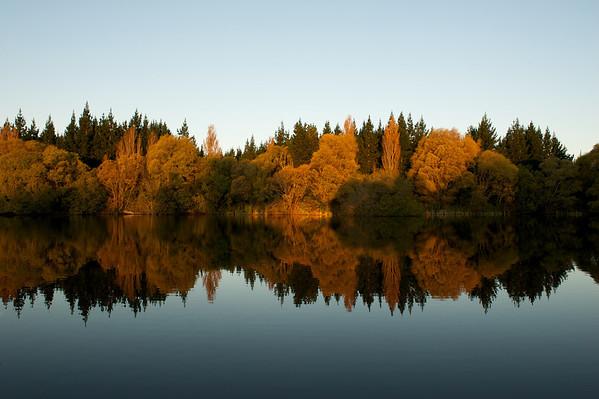 Lakes_2012-04-16_17-36-23__DSC6703_©RichardLaing(2012)