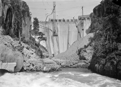 Arapuni Dam Construction
