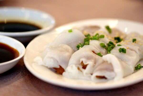 Steamed Cheong-Fun with Dough Fritters