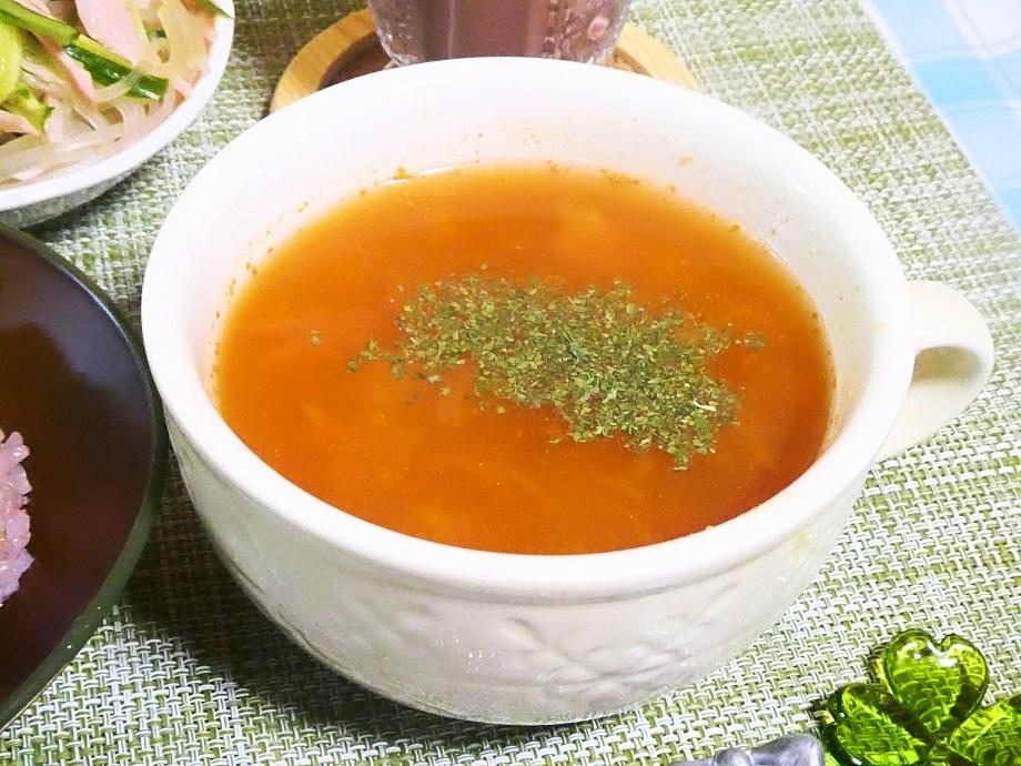 もち麦入りトマトスープ