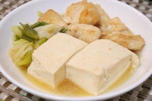 鶏胸肉の肉豆腐