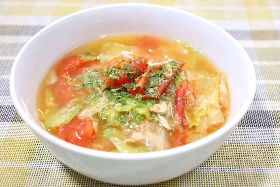 ツナとレタスのトマトスープ