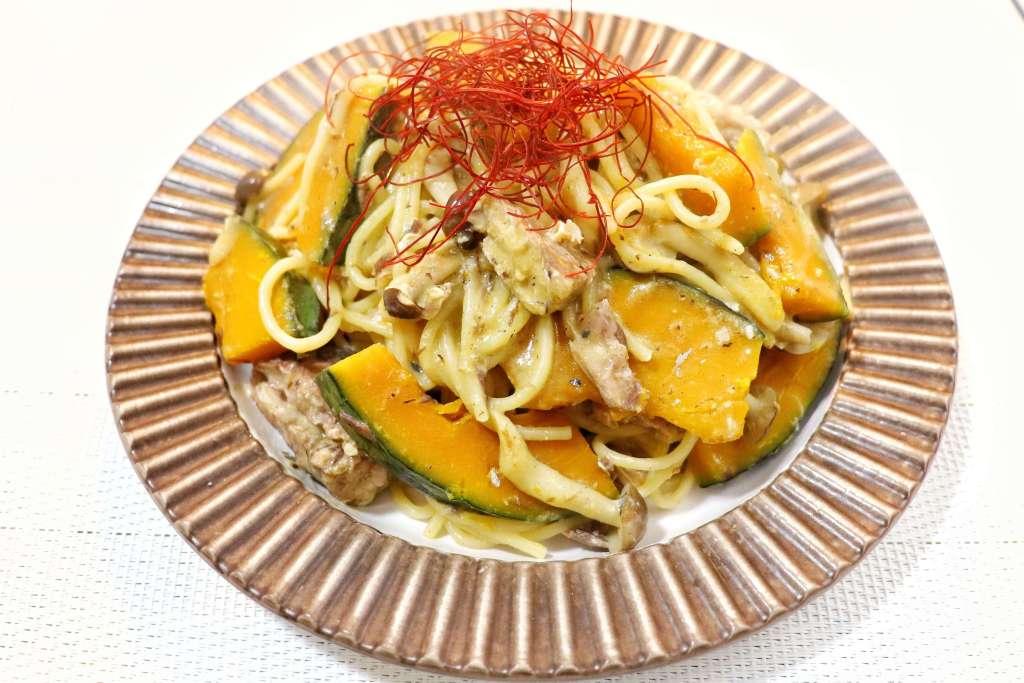 サバ缶とかぼちゃの豆乳味噌パスタ
