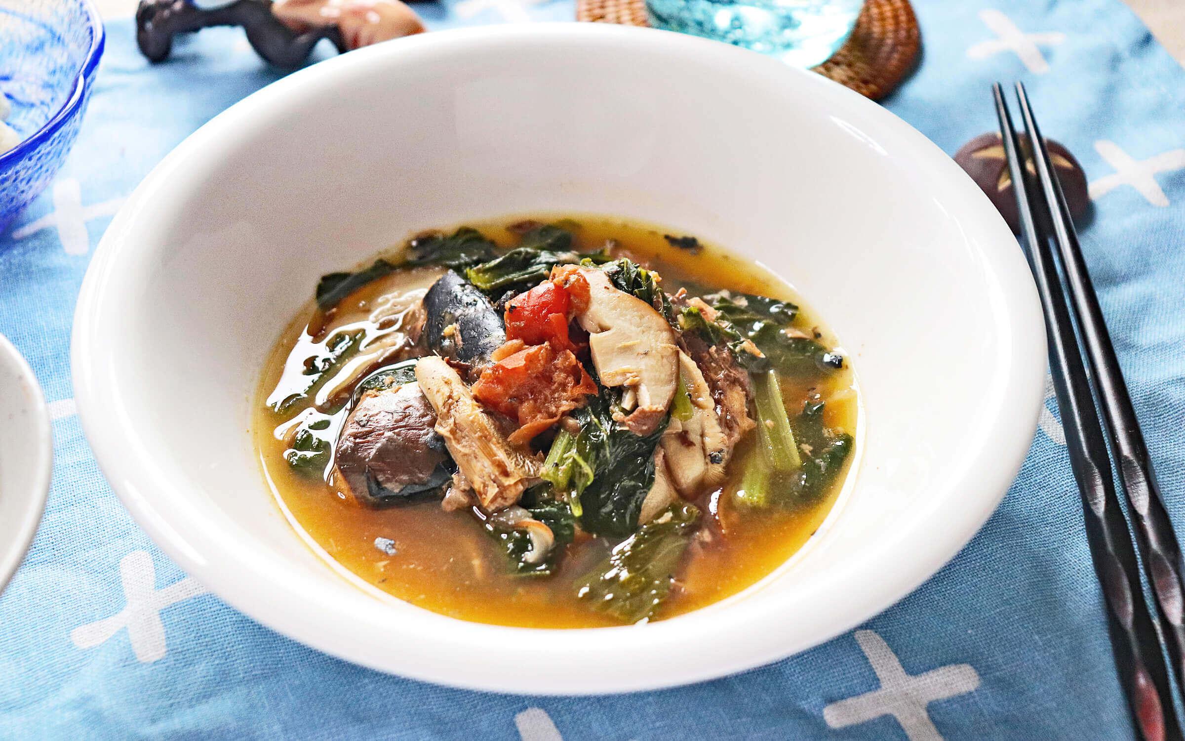 サバ缶と小松菜の梅煮