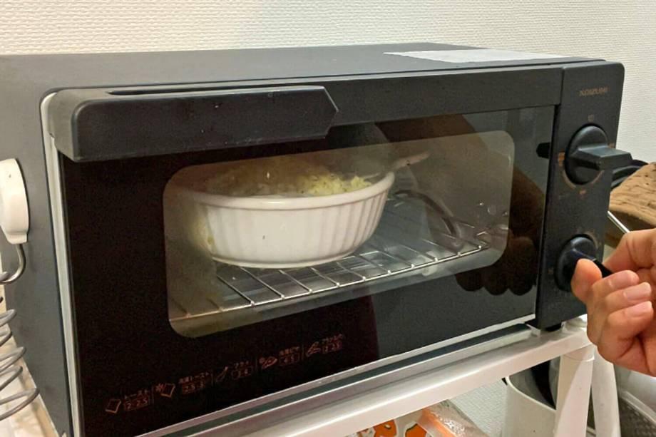 トースターでグラタンを焼く