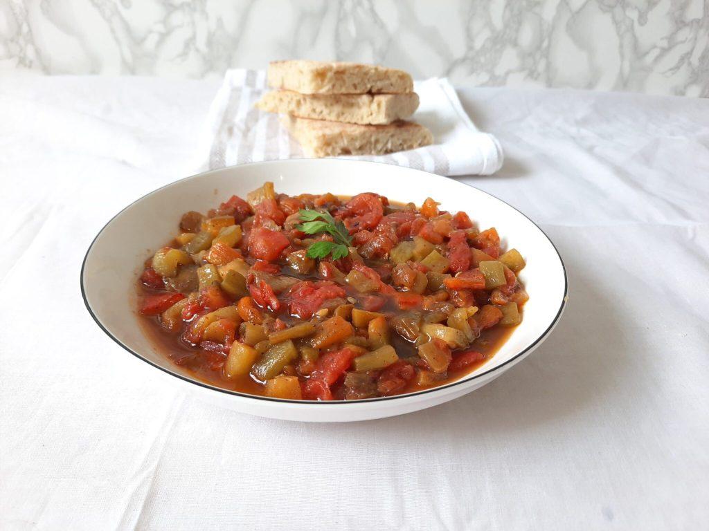 H'miss: Algerian roasted red pepper dip