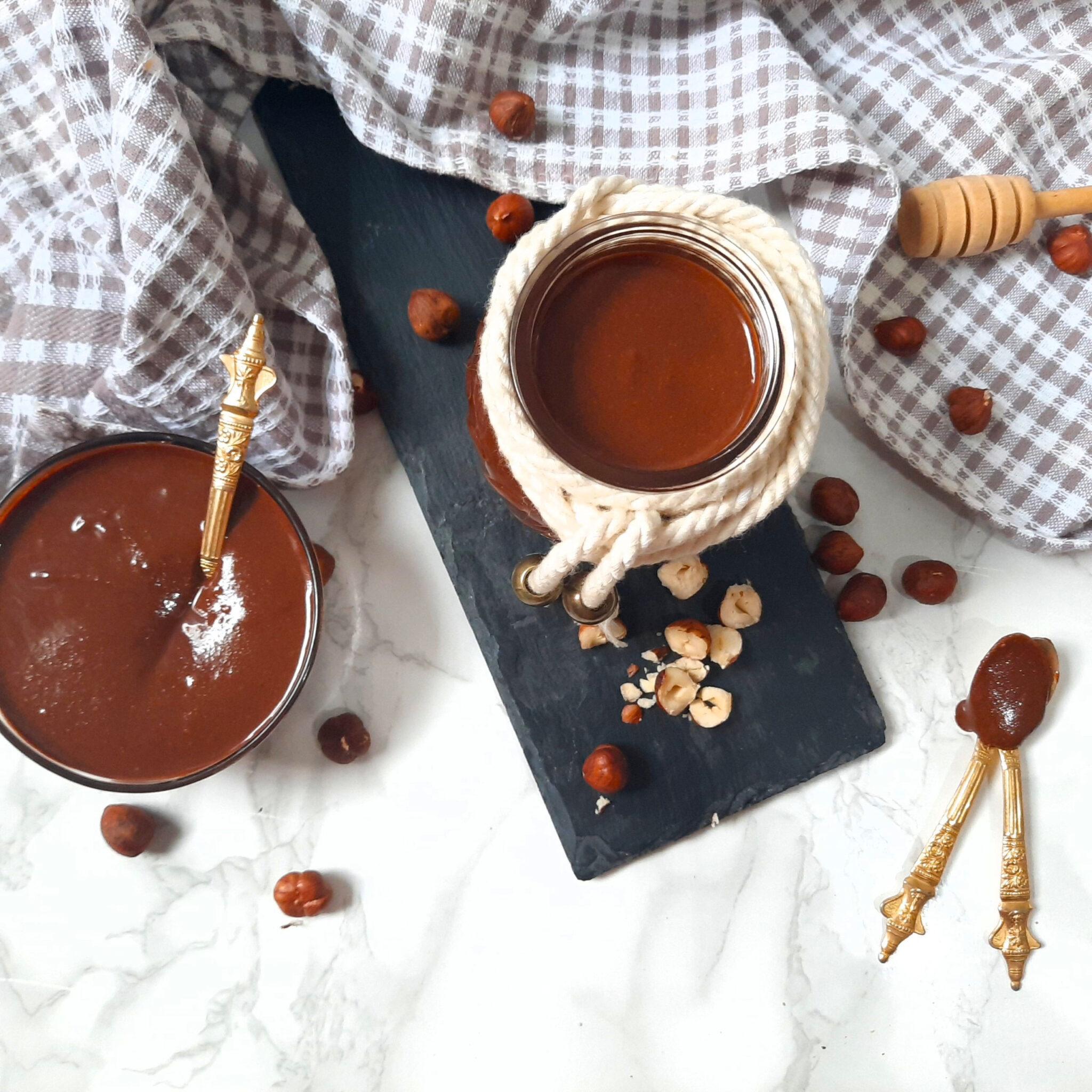 Homemade Nutella: Chocolate Hazelnut Spread