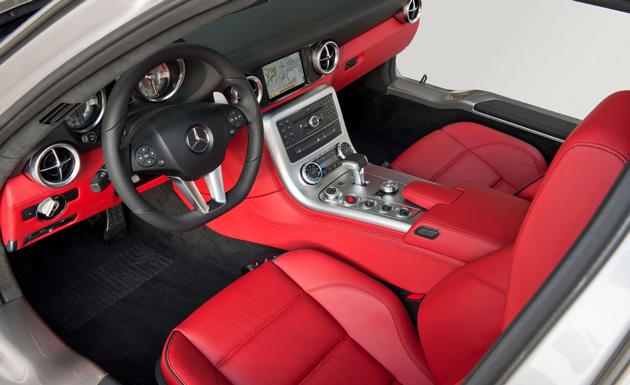 Mercedes Benz SLS AMG interior