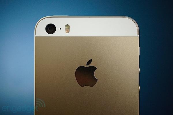 Aunque cueste creerlo Apple estaría considerando dos iPhone de gran formato (palabrita del WSJ)