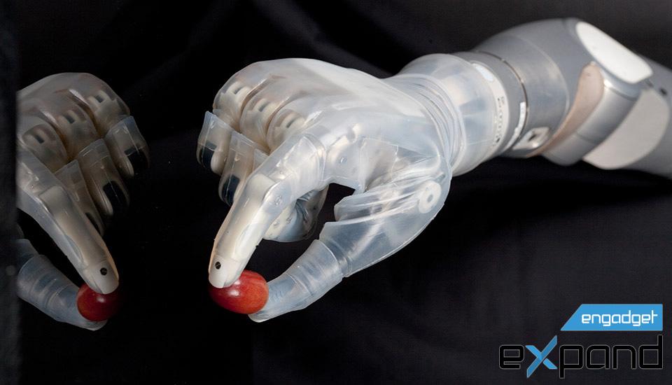 DARPA va oltre i robot delluccisore con la protesi e la ricerca di Ebola