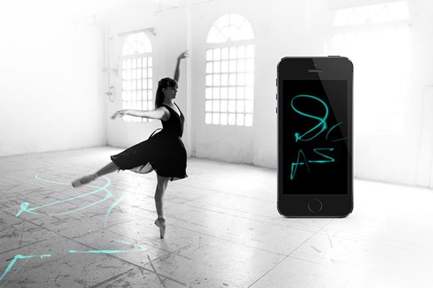 """I sensori di Arduino hanno lasciato la pittura delle ballerine"""" con i loro pointes"""