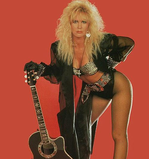10 Hottest Rock Goddess Getups, Lita Ford