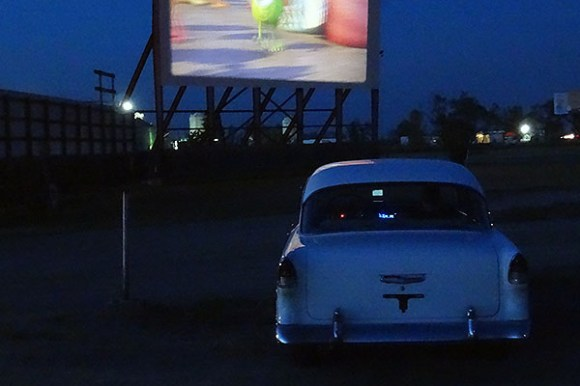 Pros and Cons of First Dates, drive in date