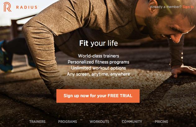 Il raggio combina le manifestazioni di TV di forma fisica con gli allenamenti su ordinazione per il vostro iPhone