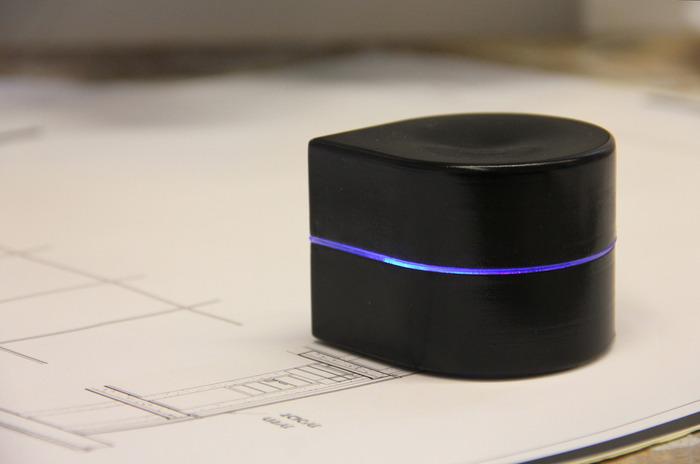 Esta impresora con alma de Roomba dará vida a tus documentos estés donde estés