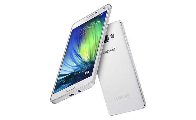 La galassia super esile A7 di Samsung dà la priorità a esamina il potere