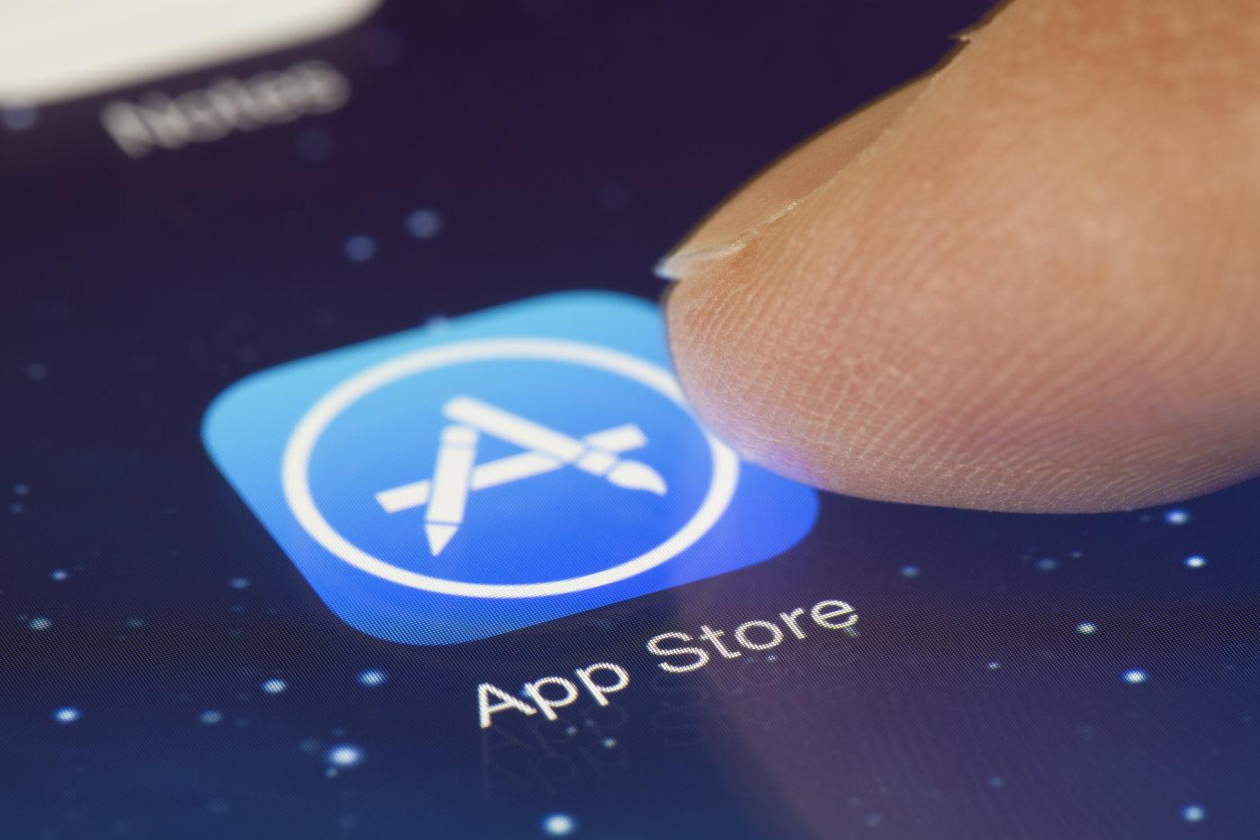 El CEO de Sharp dice que el iPhone 8 llevará panel OLED