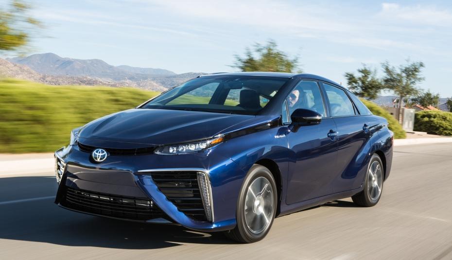 Toyota secondo le informazioni ricevute che lavora ad una nave ammiraglia, limousine idrogeno rifornite di Lexus