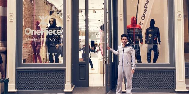 Il deposito a finestra vi lascia pagare i vestiti facendo uso del vostro colpo della rete sociale