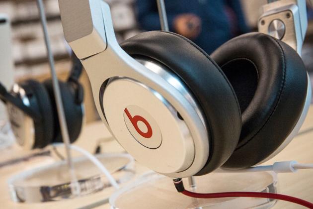 Beats headphones at an Apple store