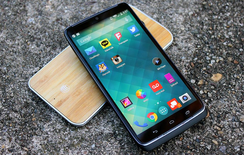 Rassegna di Motorola Droid Turbo: migliori che il Moto X, ma soltanto un piccolo