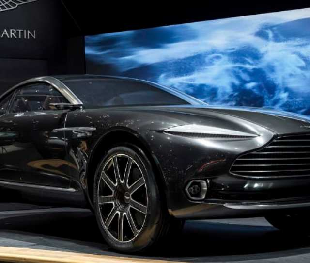 Aston Martin Suv Production To Start In Late 2019 Aston Gets Ready To Take On The Bentayga Urus And Cullinan
