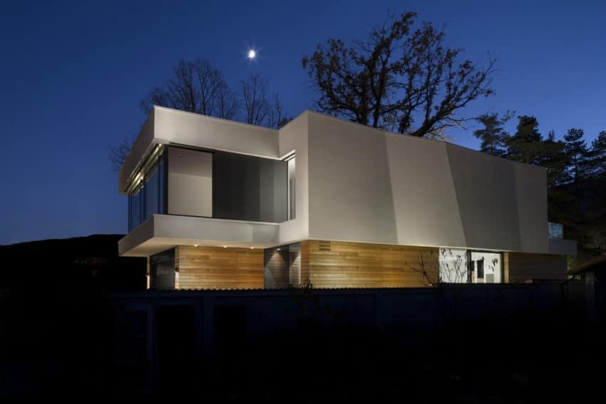 2 Oaks House by OBIA (10)