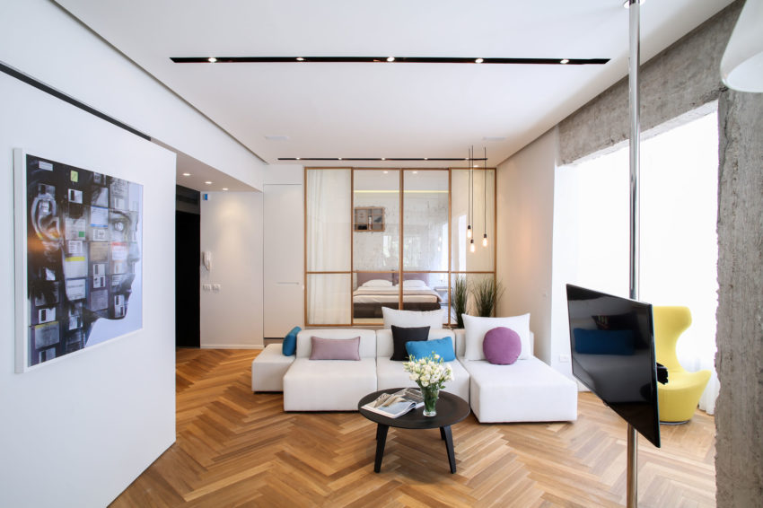 Tlv Rothschild Blvd Apartment by DORI Interior Design (2)