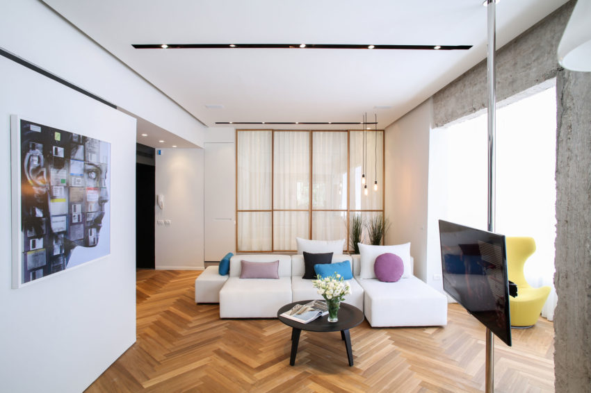 Tlv Rothschild Blvd Apartment by DORI Interior Design (3)