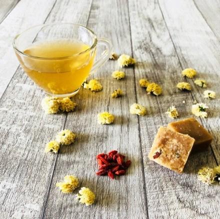 冰糖菊花枸杞茶